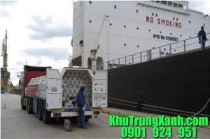 khử-trùng-tàu-hàng-tại-cảng-SITV